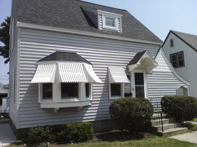 Weather Whipper awnings