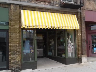 awning with painted valance