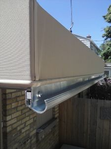 entrance canopy with integrated gutter